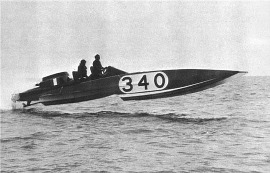Arcidiavolo Sonny Levi 1975 - Arcidiavolo - il primo scafo con elica di superficie