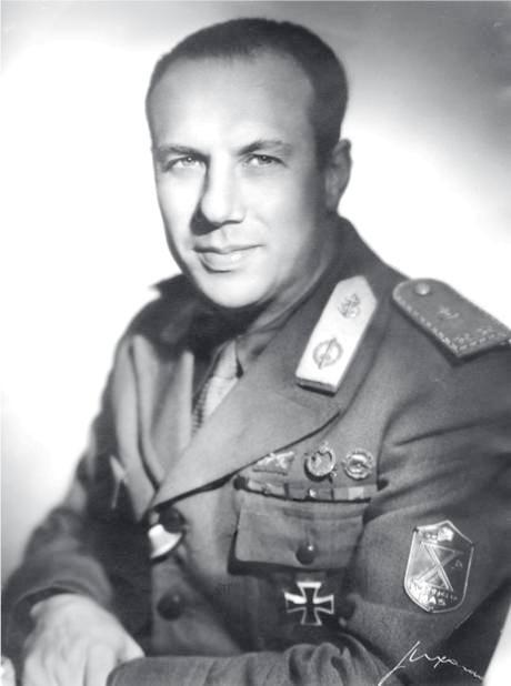 Comandante Xª Mas Borghese