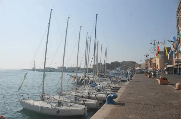 Le imbarcazioni nel porto di Anzio