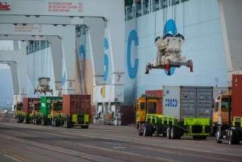cosco 2014 pier j cosco denmark big ship beauty cargo peak season new 13000 teu