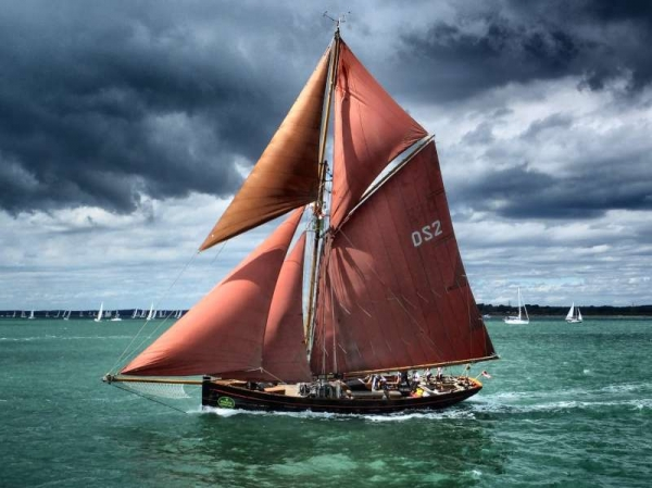 jolie-brise-begins-the-fastnet-2013-by-donna-taylor
