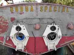 Budda Special vista da poppa