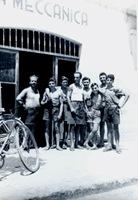 1948 Pierino apre officina