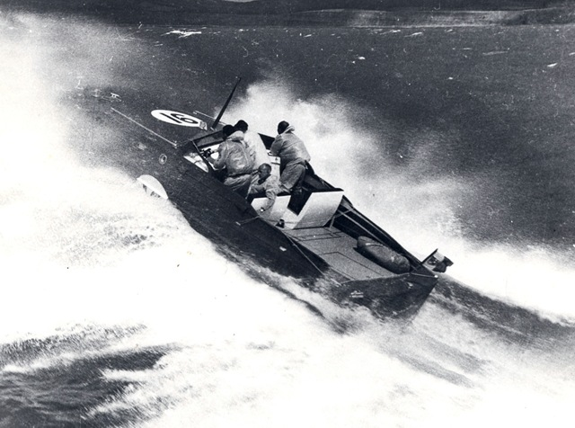 Cowes Torquay 1963 Pierino nel pozzetto