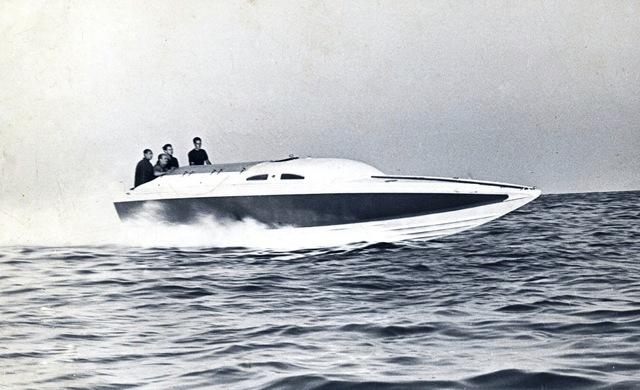 Pierino Gargana sulla barca Ultima Volta