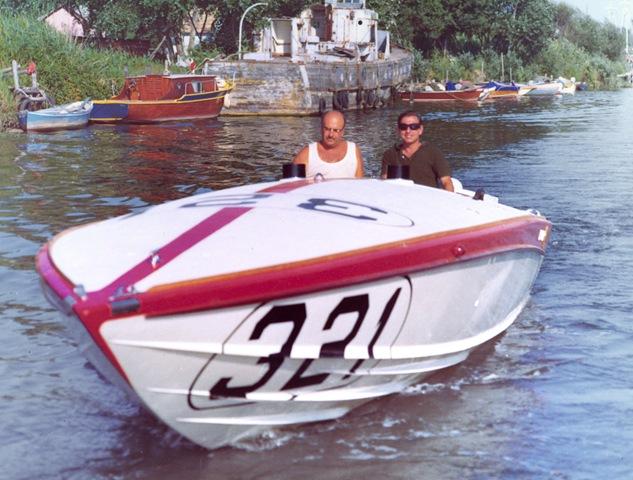 Pierino e Sonny Levi su Dimpi Sea