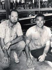 Jim Wynne e Don Aronow (alle loro spalle Donzi 007) alla Gateway Marathon del 1965.