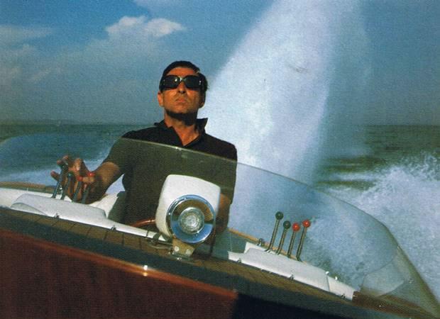 Sonny Levi ai comandi della barca G. Cinquanta
