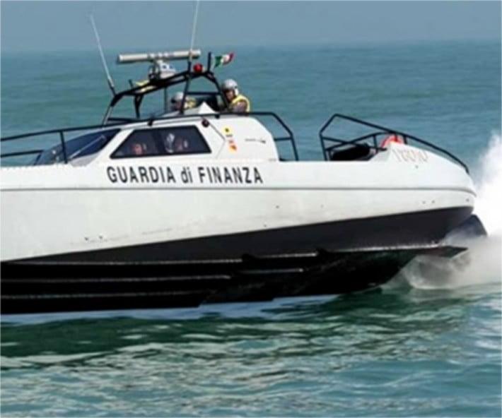 Barca Guardia di Finanza