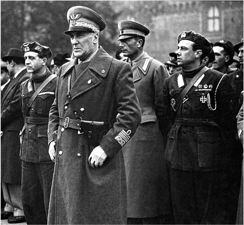 comandante Borghese ed il Maresciallo Graziano - Milano