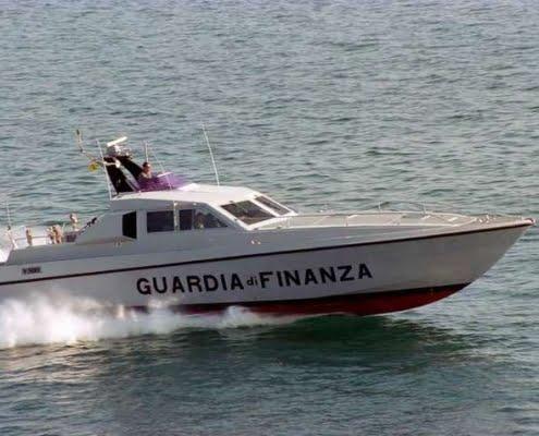 GdF - Stiamo inseguendo Mike/Sierra di Maurizio Mainardi (prima puntata)