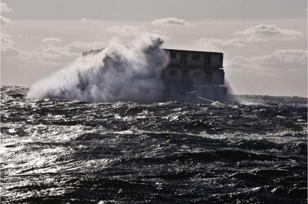 trasporto vagoni su chiatte in mare aperto