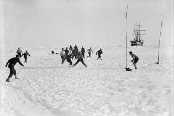 Accampamento allestito sul ghiaccio - foto ottobre 1915 a