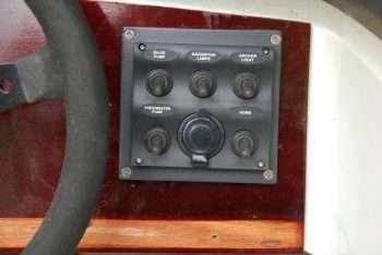 """Restauro Vega """"Sonny"""" 318 RO: impianto elettrico"""