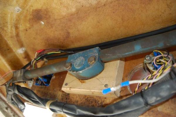 Posteriore pannello interruttori utenze 12V