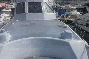 ex motovedetta Nelson vista da prua - tuga - cabina