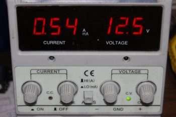assorbimento-fanale-fonda-360-luce-ad-incandescenza-12v-054-ampere-x-ora