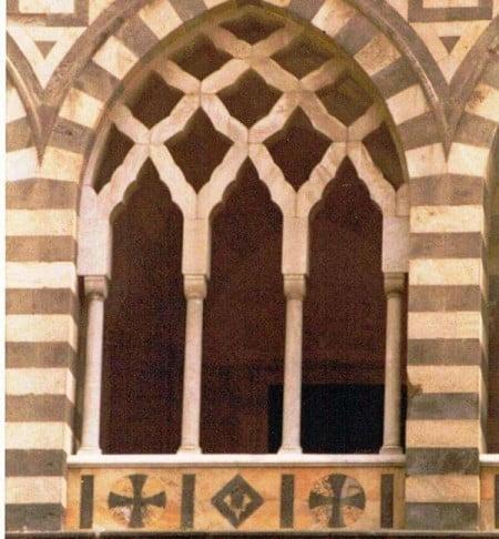 Finestra trifora Duomo Amalfi