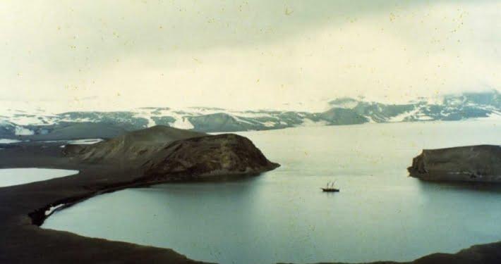Isla Deception