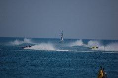 Barca a vela ferma nel campo di gara