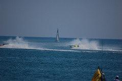 offshore: barca a vela ferma nel campo di gara