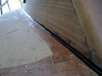 Giuntura tra pannello di fissaggio fondo pone a dritta e nuovo fianco cabina