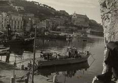 Naves presso gli ormeggi della Scuola Nautica